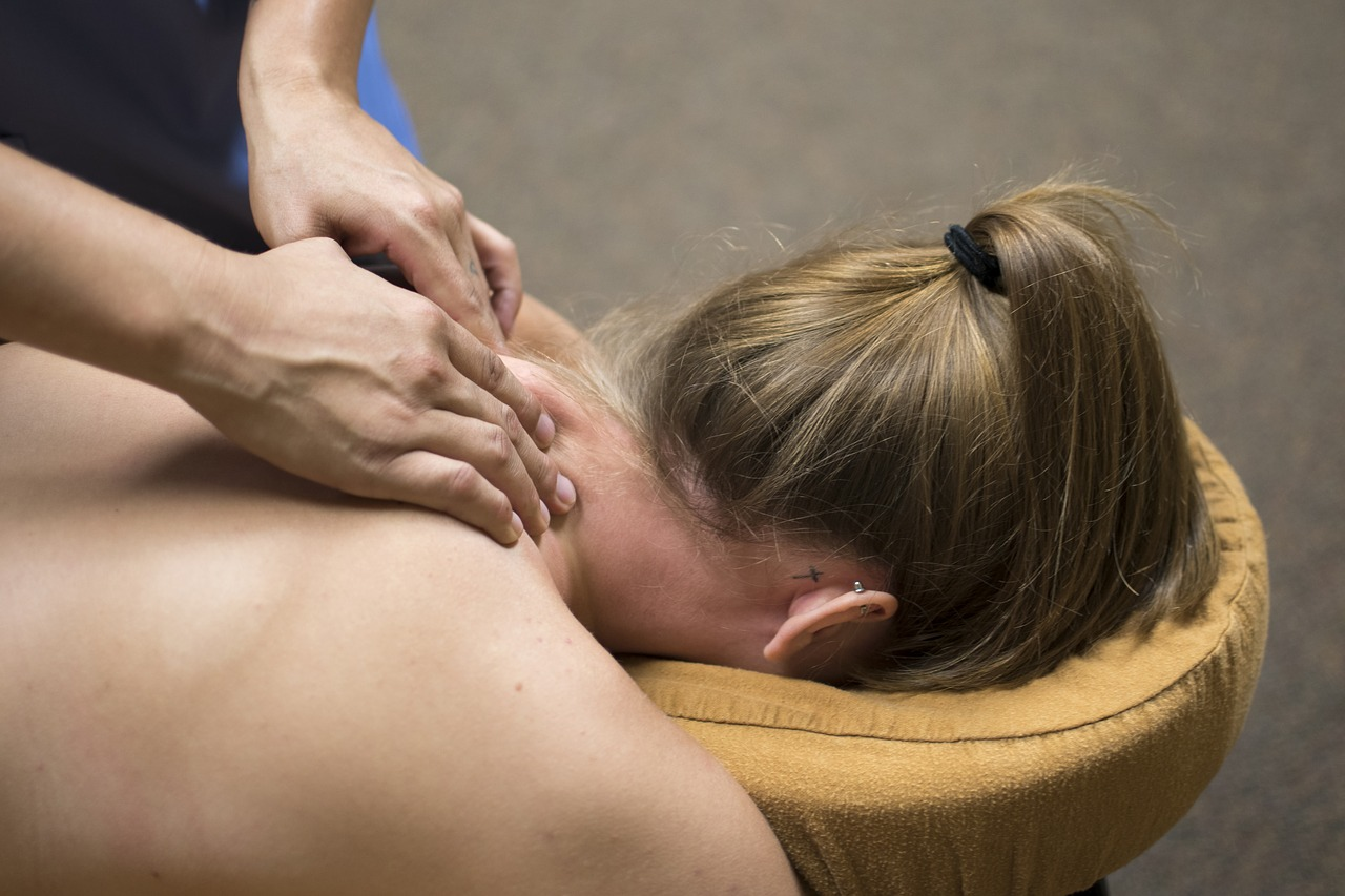 massage-2333200_1280