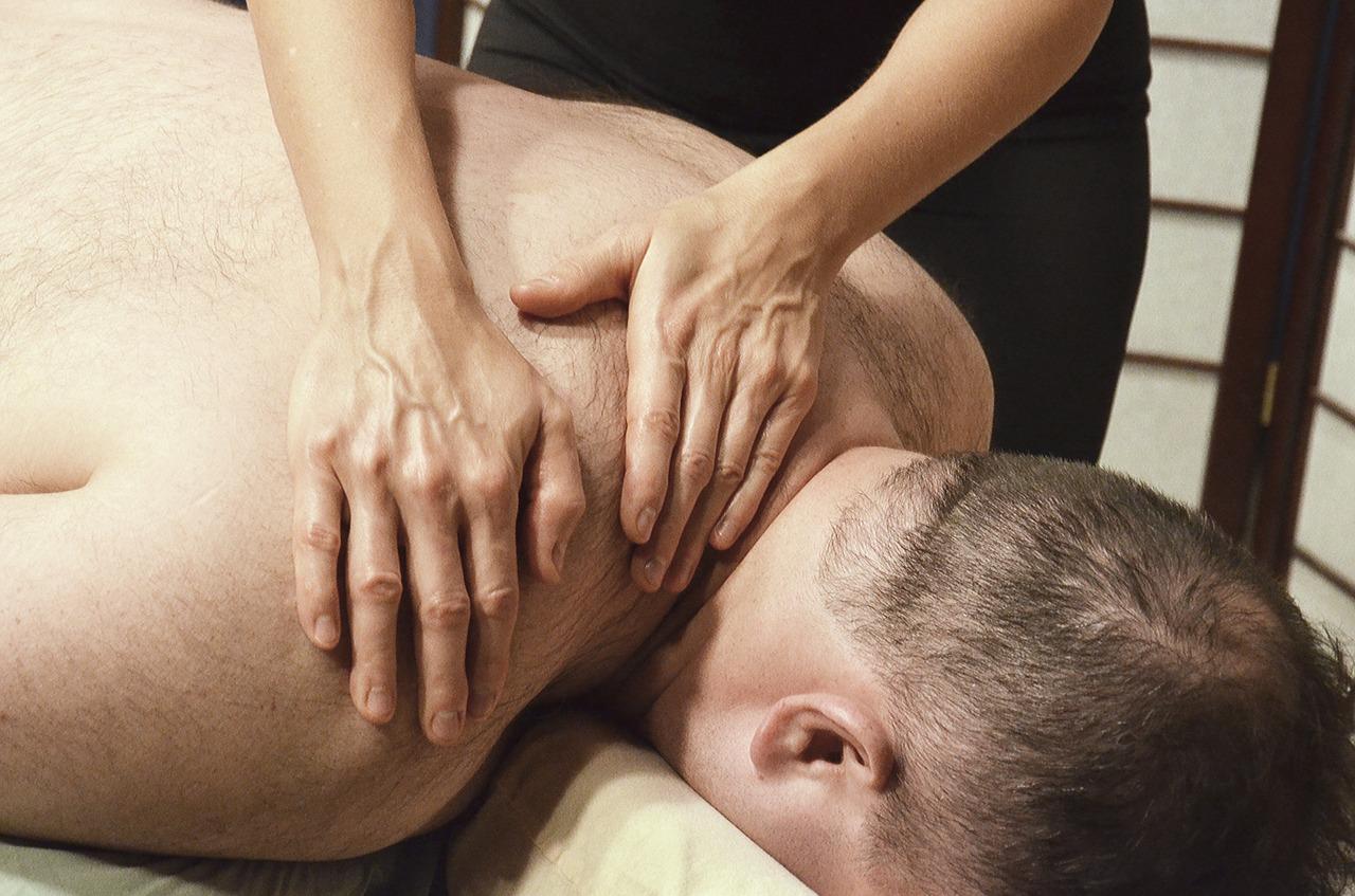 massage-2333207_1280
